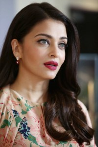 Aishwarya-Rai-freshga-stills-at-Variety-Celebration-UN-Women-3