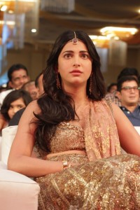 Shruti-Hassan-at-Puli-Movie-Audio-Launch-2