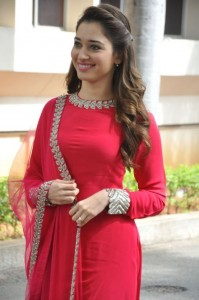 Tamannaah-Bengal-Tiger-Movie-Press-Meet-freshga-5