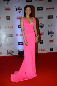 kajal-aggarwal-hot-HD-Photos-at-Filmfare-Awards-2016-freshgadotcom-10