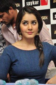 rashi-khanna-latest-blue-dress-3