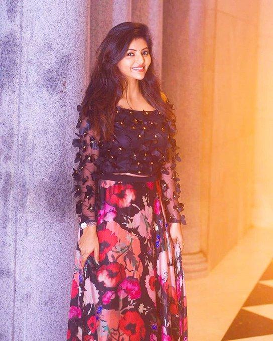 Athulya Ravi New Look pics